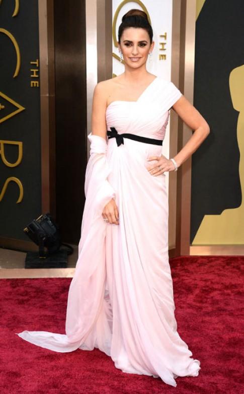 Những hình ảnh thảm đỏ đẹp nhất của Penelope Cruz