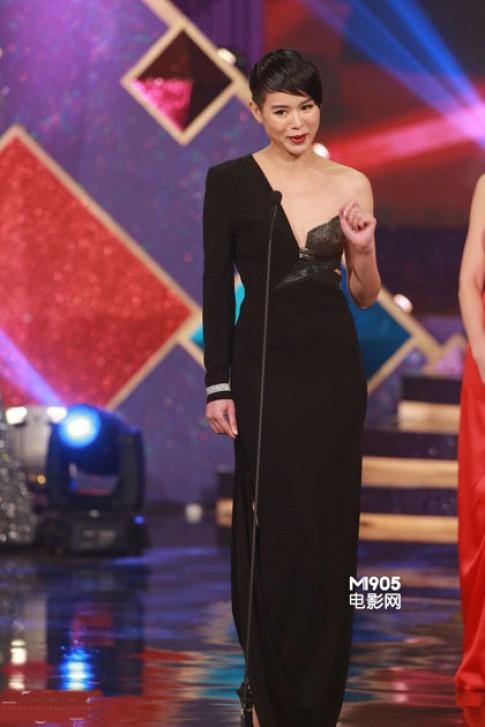 Những người đẹp TVB bị chê mặc xấu