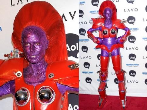 Những trang phục Halloween kinh dị của Heidi Klum (tiếp)