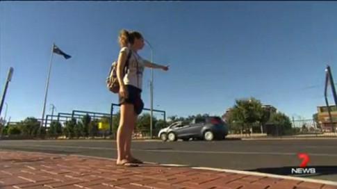Nữ du khách chạm trán với nghi phạm bắt cóc hiếp dâm ở Australia