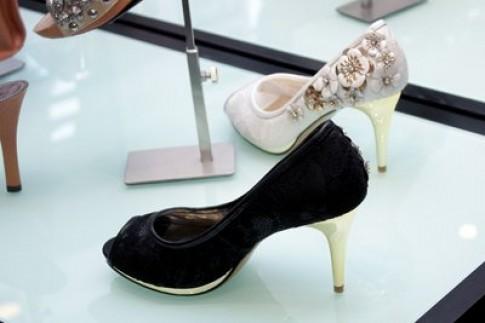 Pazzion- phong cách giày Singapore tới Hà Nội