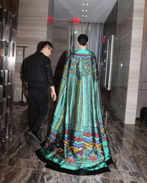 Phạm Băng Băng và các sao gốc Hoa tại Met Gala 2015