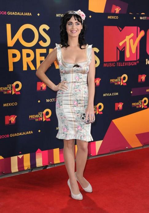 Phong cách của Katy Perry ngày ấy - bây giờ