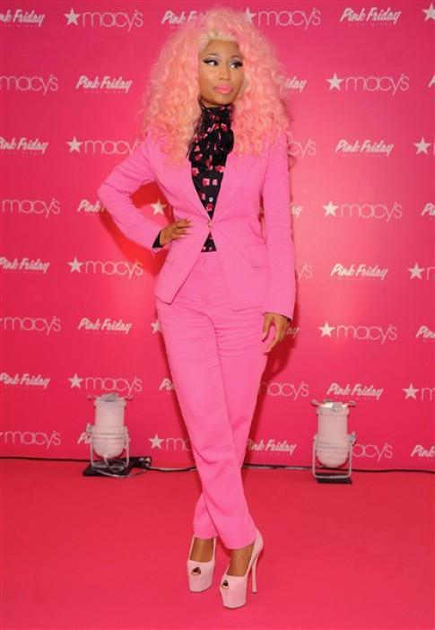 Phong cách từ sặc sỡ đến tối giản màu sắc của Nicki Minaj (2)