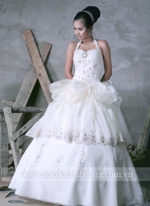 Quà tặng mùa cưới từ Thu Hương