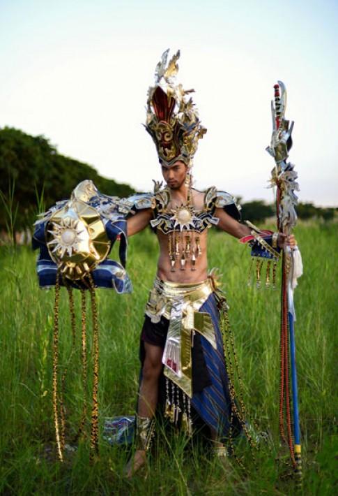 Quang Huân tái hiện hình ảnh Vua Hùng