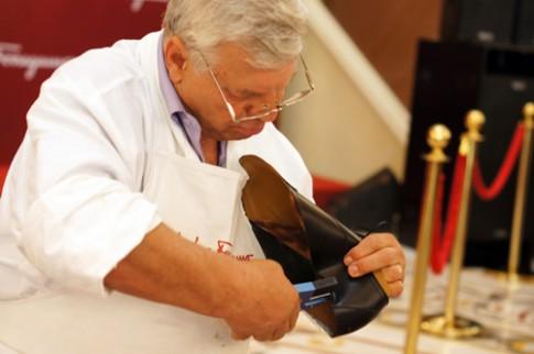 Quy trình đóng giày da bằng tay
