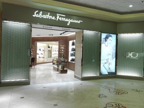Salvatore Ferragamo khai trương cửa hàng tại Tràng Tiền Plaza