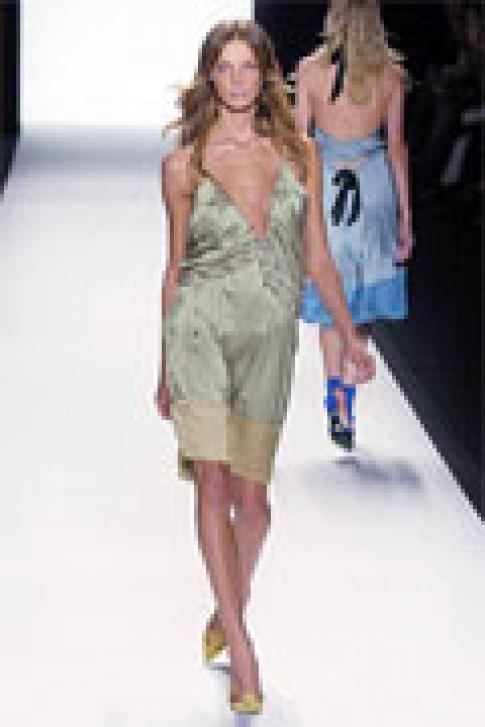 Sang trọng váy mùa hè