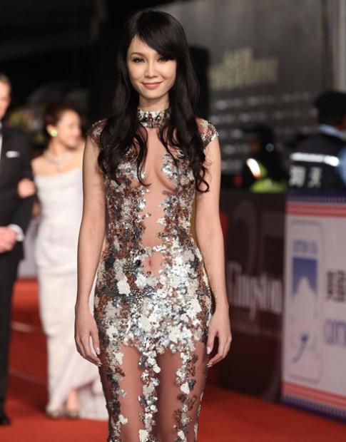 Sao Việt Helen Thanh Đào sexy nhất thảm đỏ Kim Mã