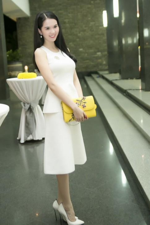 Sao Việt khoe sắc trong show thời trang của Lý Nhã Kỳ