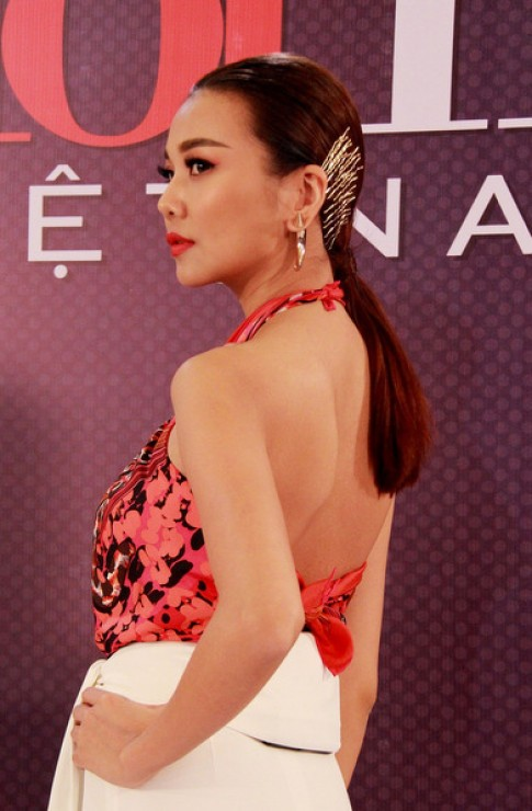 Sao Việt xấu, đẹp với trang sức tóc