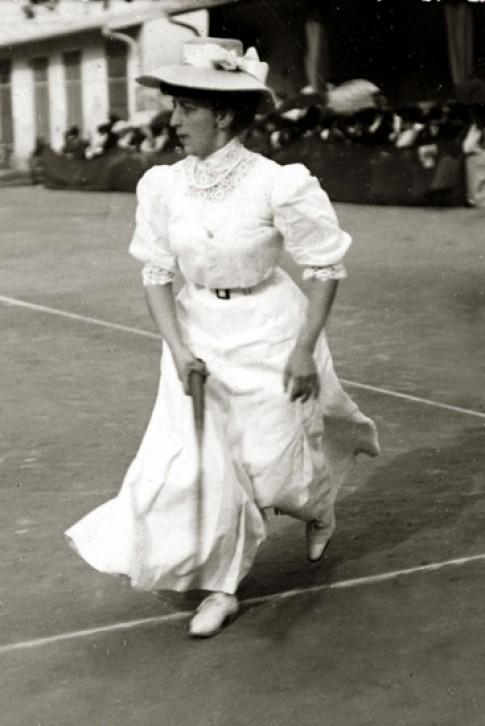 Sự biến đổi của trang phục chơi tennis theo thời gian