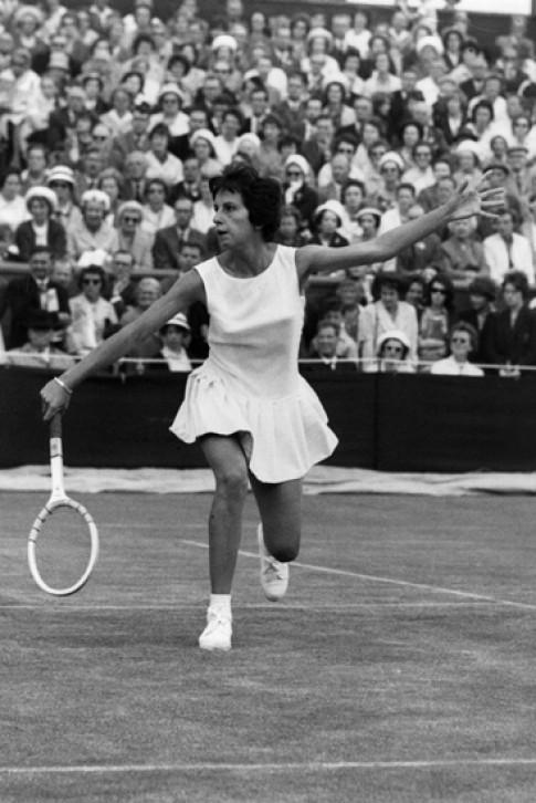 Sự biến đổi của trang phục chơi tennis (tiếp)