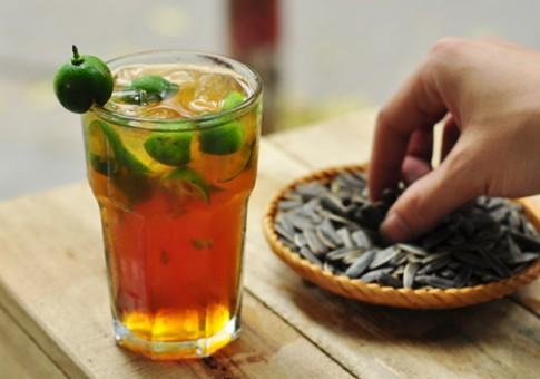 Tác dụng phụ khi uống quá nhiều trà chanh chém gió