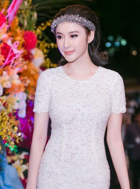 Tâm Tít, Angela Phương Trinh trang điểm đẹp nhất tuần