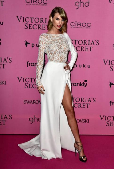 Taylor Swift mặc đẹp nhất tuần qua