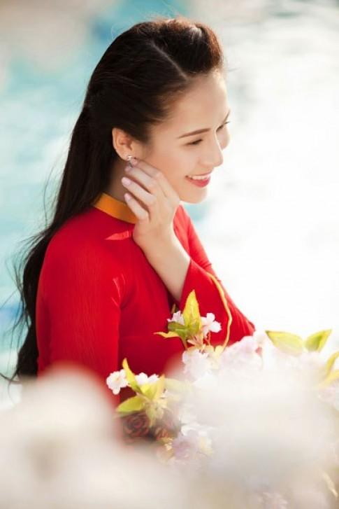 Thái Hà e ấp bên đào xuân