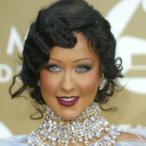 Thảm họa làm đẹp tại các lễ trao giải Grammy