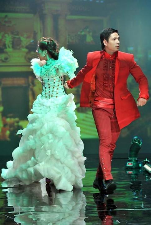 Thanh Hằng nổi bật trong 'Deandre night'