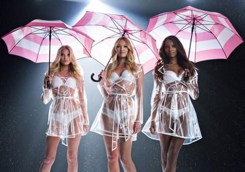 Thiên thần Victoria's Secret diện đồ xuyên thấu nhảy múa