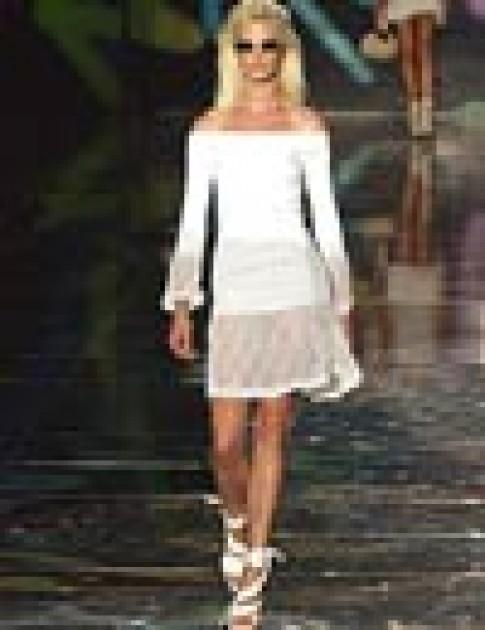Thiết kế mùa hè của Donatella Versace
