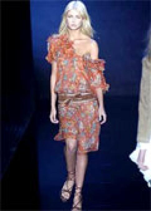 Thiết kế mùa xuân 2005 của Barbara Bui