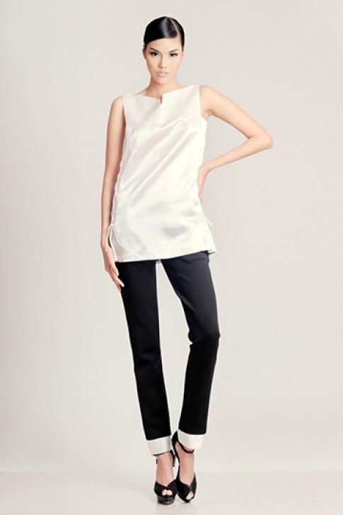 Thiết kế trắng đen giàu tính ứng dụng của Quỳnh Paris