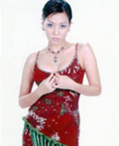 Thu Minh và phong cách ăn mặc tự tin