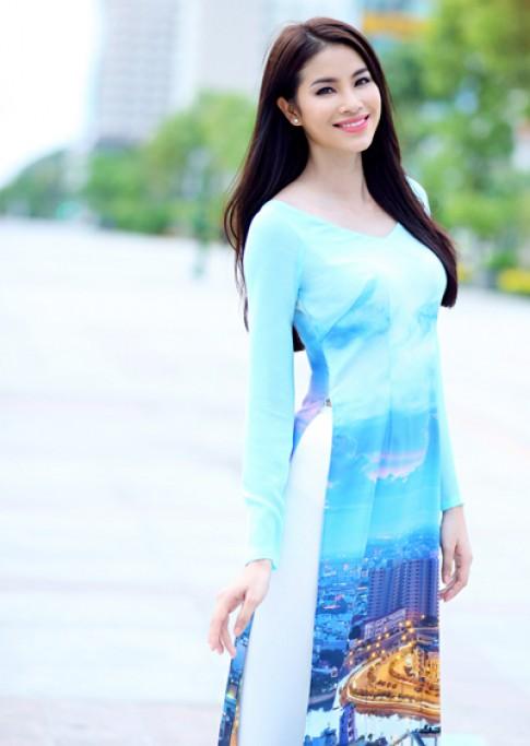 Thuận Việt đưa hình ảnh Sài Gòn về đêm vào áo dài