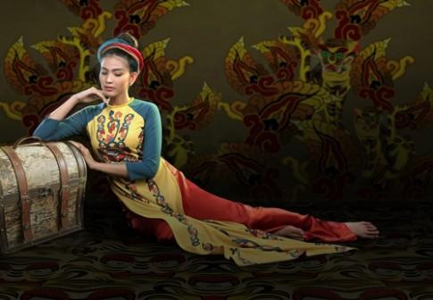 Thuận Việt giới thiệu áo dài họa tiết hổ tại New York