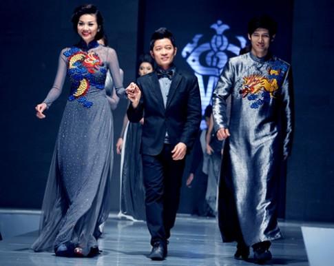 Thuận Việt kết tinh hoa trong tà áo dài dân tộc