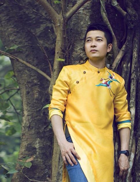 Thuận Việt: 'Phá cách áo dài không khéo sẽ thành thảm họa văn hóa'