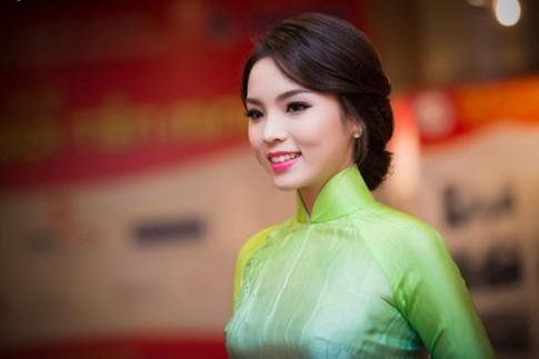 Thùy Lâm, Kỳ Duyên trang điểm đẹp nhất tuần