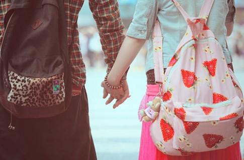 Tình yêu chân thành là cho đi và không đòi lại!