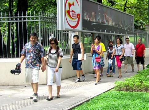 TP HCM lập phòng thông tin hỗ trợ du khách bị cướp giật