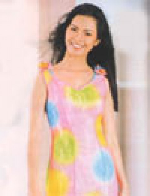 Trang phục bằng voan của Élite