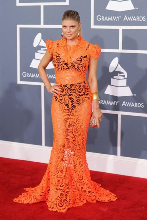 Trang phục kỳ quặc nhất tại Grammy 2012
