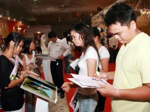 Triển lãm mỹ thuật cưới 2008 hút khách
