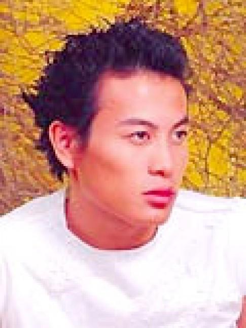 Trương Thanh Long thích thời trang 'quậy'