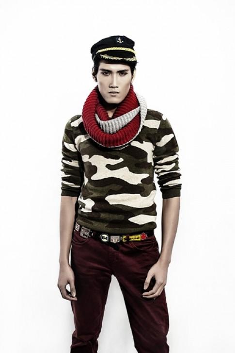 Văn Kiên Top Model phối đồ khỏe khoắn với phong cách lính