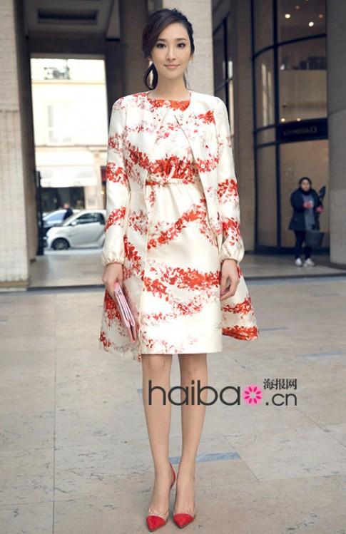 Váy áo đi xem thời trang hợp mốt của Ngô Bội Từ