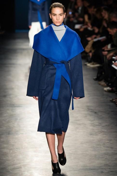 Váy áo thu đông Altuzarra đơn giản mà phóng khoáng