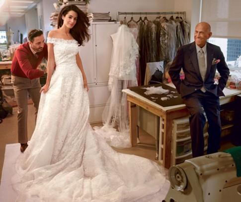 Váy cưới lộng lẫy của vợ George Clooney