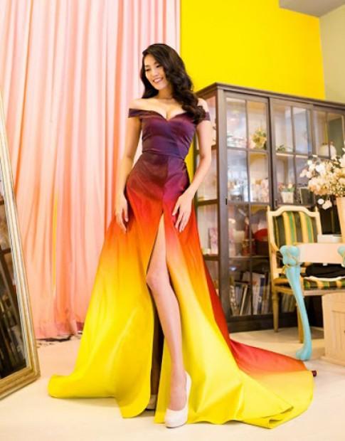 Váy dạ hội của Lan Khuê tượng trưng cho ngọn lửa