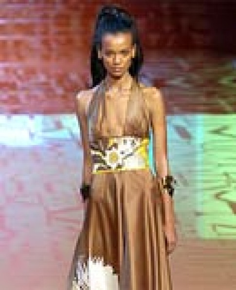 Váy dạ hội Valentino