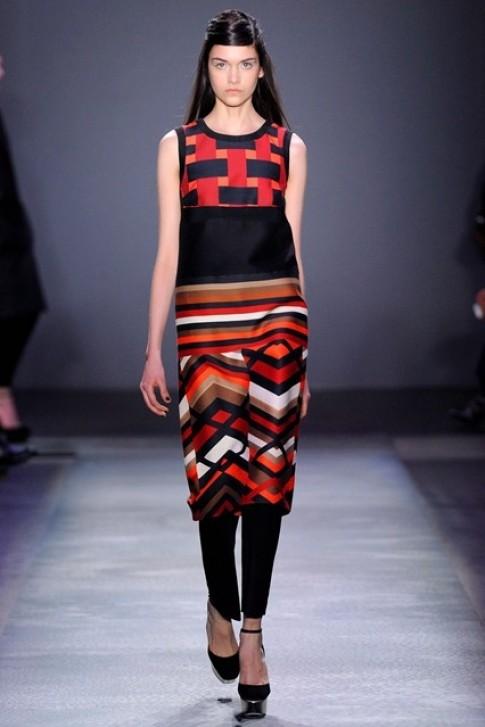 Váy kết hợp quần - mốt mới mùa thu đông