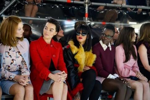 Vé ghế đầu tuần thời trang Milan được rao giá gần 100.000 USD