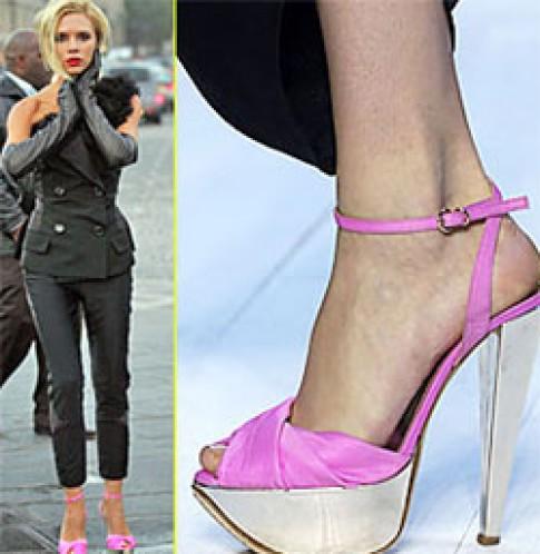 Victoria Beckham tạo cảm hứng thiết kế giày cao gót