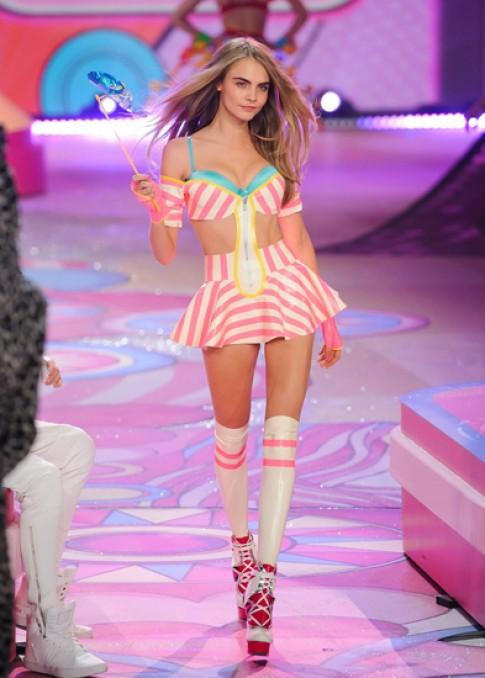Victoria's Secret bị kiện bản quyền tại Anh